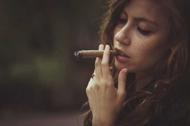 FDA STUDY: CANCER RISKS NEARLY NIL FOR 1-2 CIGARS PER DAY
